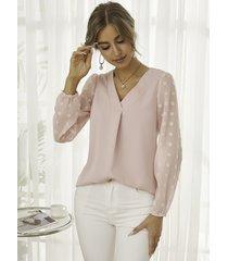 blusa de malla bordada con cuello de pico de yoins