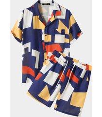 trajes de hombre con estampado geométrico multicolor
