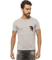 camiseta joss - tucano flor branco - masculina