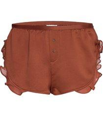 mae shorts brun love stories