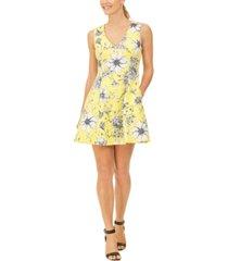 jessica howard petite floral-print v-neck dress