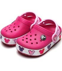 babuche crocs infantil crocband mickey led rosa - tricae