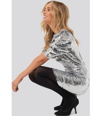 na-kd party heavy sequin short puff sleeve dress - silver