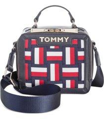 tommy hilfiger brooke woven novelty lunchbox satchel